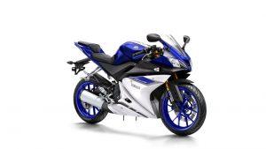2015-Yamaha-YZF-R125-EU-Race-Blu-Studio-001